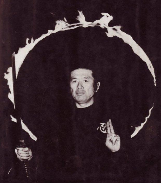 Az ember taijutsu-ja egyszerűen tisztán látszik a viselkedéséből